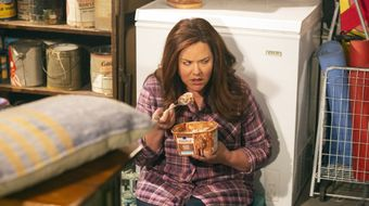 Assistir American Housewife T3E21 Locked in the Basement no Sony Channel HD 19/04/2021 às 02:20