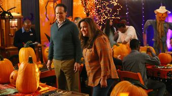 Assistir American Housewife T4E5 The Maze no Sony Channel HD 30/07/2021 às 10:55