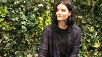 Assistir Blindspot T5E1 I Came to Sleigh no Warner HD 20/09/2020 às 00:32