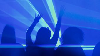 Assistir Can you Feel It - How Dance Music Conquered the World T1E2 no BIS HD 19/04/2021 às 04:00