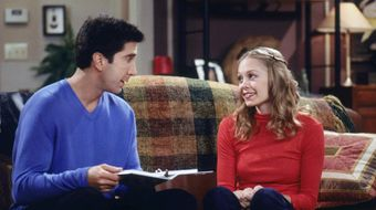 Assistir Friends T6E18 The One Where Ross Dates a Student no Warner HD 30/06/2020 às 12:07