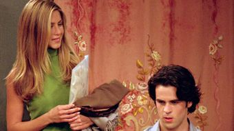 Assistir Friends T7E4 The One With Rachel's Assistant no Warner HD 31/10/2020 às 14:57
