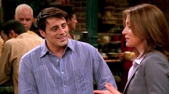 Assistir Friends T8E19 The One With Joey's Interview no Warner HD 17/04/2021 às 14:50