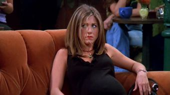 Assistir Friends T8E22 The One Where Rachel Is Late no Warner HD 17/04/2021 às 16:08