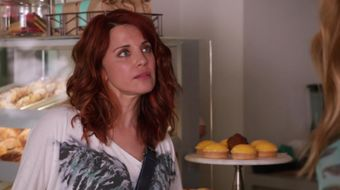 Assistir Girlfriends' Guide to Divorce T1E8 Rule No. 17: Ask the Answer Lady no Sony Channel HD 15/10/2021 às 14:10