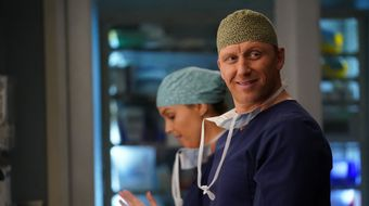 Assistir Grey's Anatomy T16E18 Give a Little Bit no Sony Channel HD 26/01/2021 às 08:00