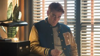 Assistir Riverdale T4E6 Chapter Sixty-Three: Hereditary no Warner HD 31/10/2020 às 05:00