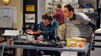 Assistir The Big Bang Theory T1E12 The Jerusalem Duality no Warner HD 31/10/2020 às 03:31
