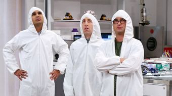 Assistir The Big Bang Theory T8E11 The Clean Room Infiltration no Warner HD 17/04/2021 às 09:42