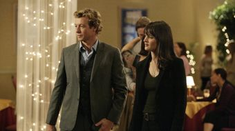 Assistir The Mentalist T2E11 Rose-Colored Glasses no TNT Séries 11/08/2020 às 13:29