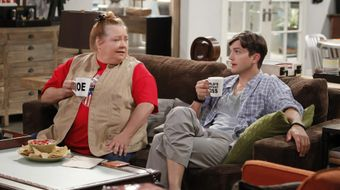 Assistir Two and a Half Men T11E3 This Unblessed Biscuit no Warner HD 25/05/2020 às 14:40