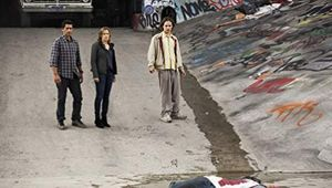 Assistir episódio 1 da 1 (Piloto) temporada de Fear the Walking Dead online